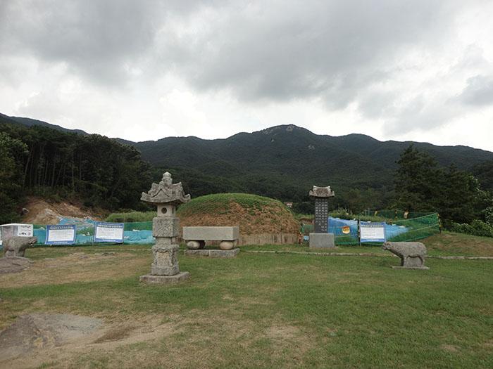 남연군 묘소-가야산-01.jpg
